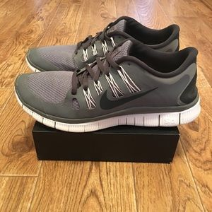 NIKE Free 5.0 Men's Running Shoes Gray (used)